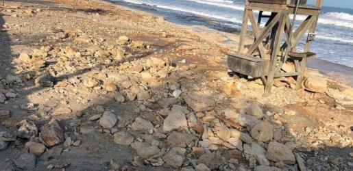 La playa de Cala Millor resultó muy dañada y perdió mucha arena a causa de la borrasca.