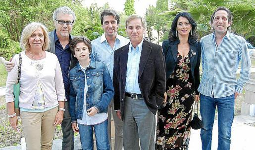 Margalida Aguiló, Luis Maraver, Alejandro Maraver, David Ripoll, Pilar Ollers, Pero Juan Ripoll y Pedro Ripoll.