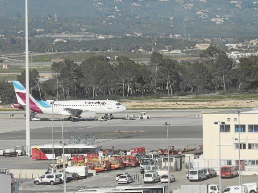 El motivo principal que ha provocado la planificación de AENA con el aeropuerto de Palma estriba en que en los últimos 20 años «ha tenido muy pocas remodelaciones importantes y la modernización que se quiere acometer no amplía su actual capacidad».