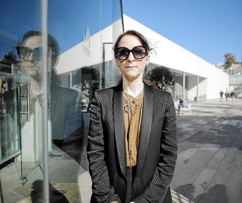 Tanya Barson, conservadora del Macba, este viernes en el Museu Es Baluard.
