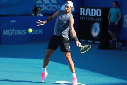 Rafael Nadal, número dos de la lista de la ATP, durante su entrenamiento con el alemán Alexander Zverev, previo al sorteo del Abierto Mexicano de Acapulco.