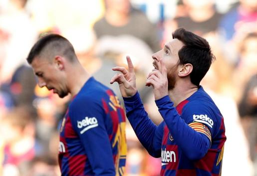 Lionel Messi, delantero del Barcelona, celebra uno de sus goles contra el Eibar, durante el partido de este sábado en el Camp Nou.