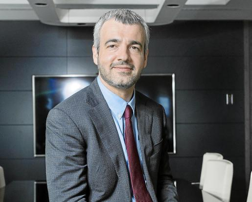 Maurici Lucena señala que hay y habrá diálogo para consensuar y adaptar el proyecto de mejora del aeropuerto.