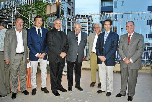 Jesús Boyero, Mateo Isern, Juan María Solana, Pere A. Serra, Pep España, Xavi Bonet y Adolfo Orozco.