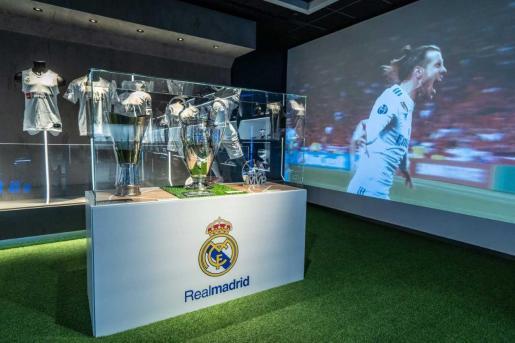 Imagen de los trofeos del Real Madrid expuestos en Manacor.