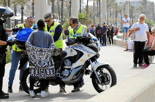 La Policía Local llevó a cabo un amplio despliegue contra el trile el año pasado.