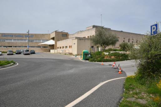 La mujer se ha personad en el centro de salud del Canal Salat de Ciutadella.