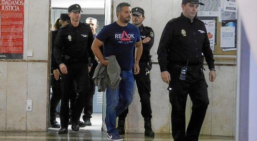 El comisario Rafael Estarellas fue el principal investigado por esta trama y fue detenido.
