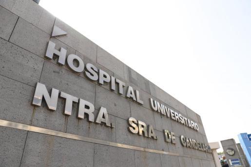 fachada del Hospital de La Candelaria, en Santa Cruz de Tenerife-