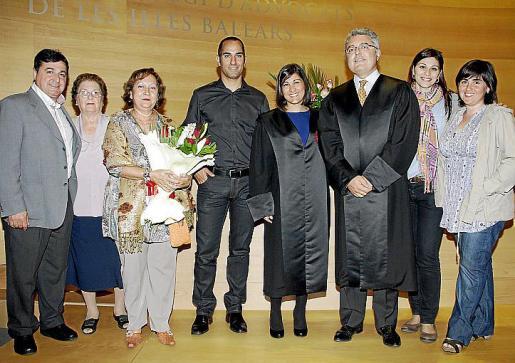 Raimundo Terriente, Carmen Torres, Mari Trini García, Damià Bosch, María Elena Terriente, Miquel Arrom, Marina Pujol y Fabiola Terriente.