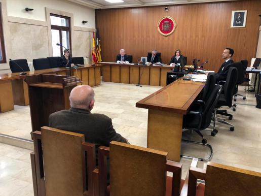 La Sección Segunda de la Audiencia Provincial de Baleares ha condenado a un septuagenario.