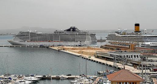 El objetivo que se quiere evitar es que coincidan al mismo tiempo varios megacruceros en el puerto de Palma.