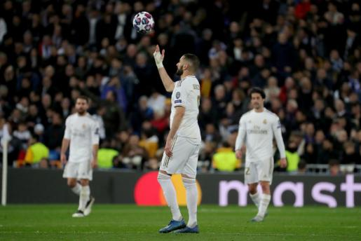 El delantero del Real Madrid Karim Benzema durante del partido.