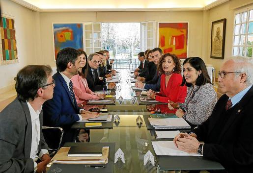 Los presidentes Pedro Sánchez y Quim Torra encabezan la mesa de diálogo sobre Catalunya.