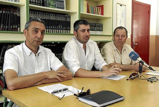 Quintana, Escudero y Franc, durante la conferencia de prensa de ayer.