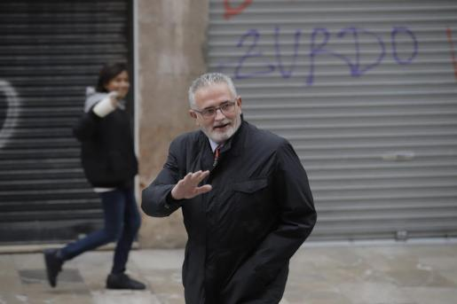 Jaume Font antes de entrar a su último pleno en el Parlament
