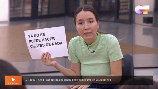 Anna Pacheco durante la charla en OT.