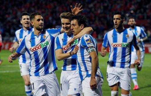 El centrocampista de la Real Sociedad Mikel Oyarzabal, tras marcar el primer gol durante el partido de vuelta de la semifinal de la Copa del Rey ante el Mirandés.