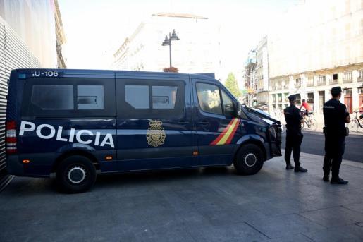 Agentes del Cuerpo Nacional de Policía procedieron a su detención.