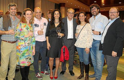 Miguel Bibiloni, Marga Bosch, Juan Ortells, Lola Ordoñez, Antoni Bennàssar, Mar Sabater, Pedro Ladaria y Tommy Ferragut.