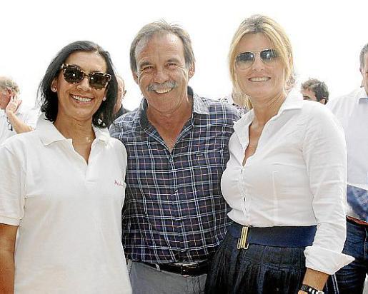 Concha Díaz, Salvador Gómez y María Ángeles Cortés.
