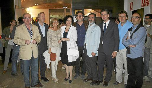 Francesc Fiol, Antonio Pomar, Pilar Ribal, Gudi Moragues, Santiago Picatoste, Xavi Fiol, Fernando Gilet, Mariano Mayol y Juan Oliver.