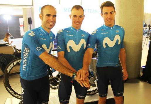 Lluís y Enric Mas y Albert Torres, los tres ciclistas baleares del equipo Movistar.