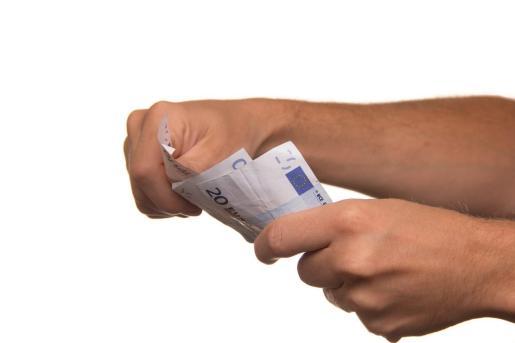 ¿Pueden transmitir los billetes el coronavirus?