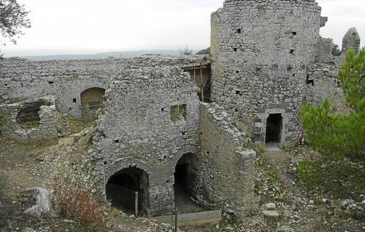 El Castell podría abrir sus puertas al público. El Consell deberá pronunciarse para salvaguardar el patrimonio.
