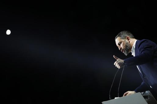 El presidente de VOX, Santiago Abascal, durante su intervención en la asamblea general ordinaria del partido celebrado en Vistalegre en Madrid este domingo.