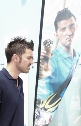 El delantero del FC Barcelona David Villa antes de una rueda de prensa.