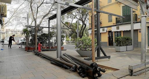 El fin de los cerramientos en las terrazas ha provocado que los ánimos estén «muy calientes», según Robledo.