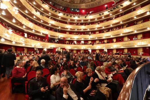 El Teatre Principal de Palma, en el estreno de la ópera 'Carmen'.