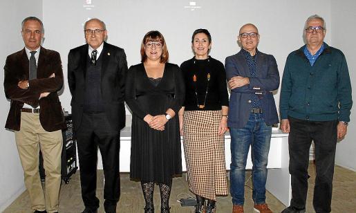 Enrique García, Joan Miralles, Bel Busquets, Francisca Niell, Josep Martines y Damià Pons.