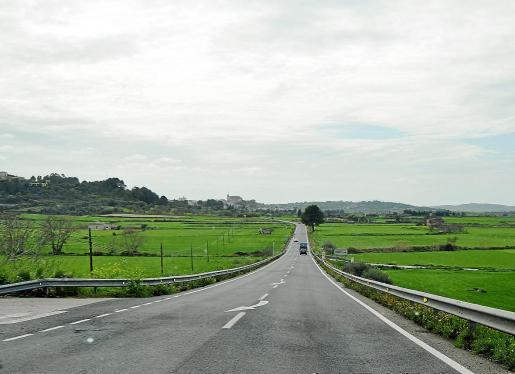La zona que plantea el Ajuntament de Santa Margalida es el montículo situado entre La Vila y Can Picafort, con la idea de que se pudiera realizar el regadío por gravedad de las fincas del municipio, dedicadas al cultivo del cereal actualmente.