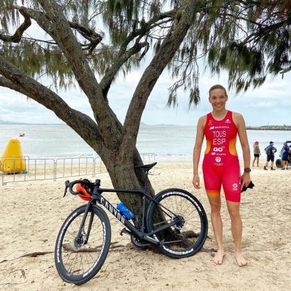 La triatleta mallorquina Xisca Tous, antes de la competicion, en Mooloolaba (Australia).
