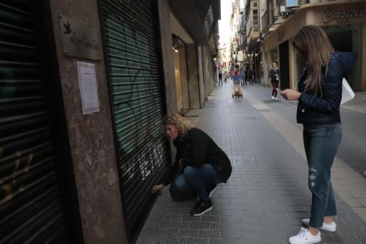 Comercios de Palma cerrados tras ser decretado el estado de alarma.