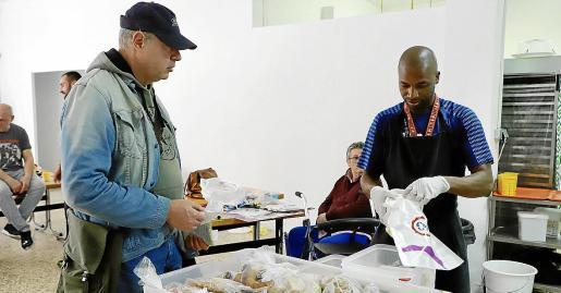 El comedor social Tardor de Palma repartirá comida cada día a las personas necesitadas.