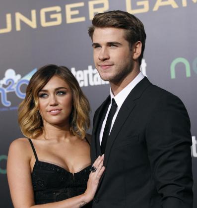 Los actores Liam Hemsworth y Miley Cyrus.