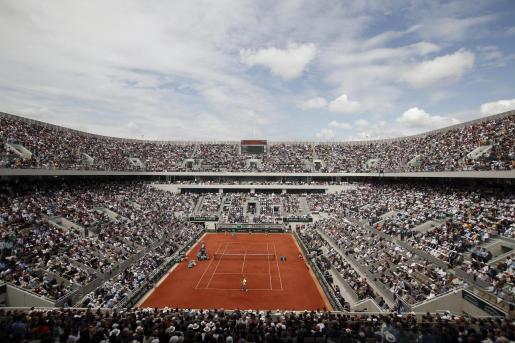 Vista de la Philippe Chatrier en Roland Garros.