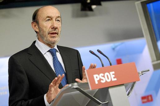 Alfredo Pérez Rubalcaba, durante su intervención de ayer sobre la ayuda financiera de la UE a España.
