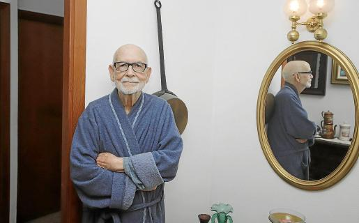 Josep siempre ha sido una persona activa, fundó la Federació Balear de Tir de Fona, de la que es presidente honorífico.
