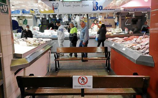 La zona de pescados del mercado municipal de Pere Garau, este jueves.