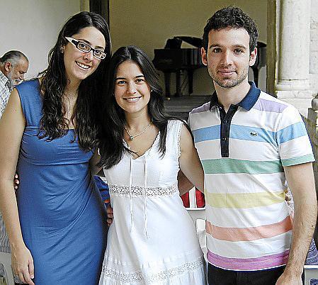 Maria Gil, Andrea Pérez y Javier Bonet.