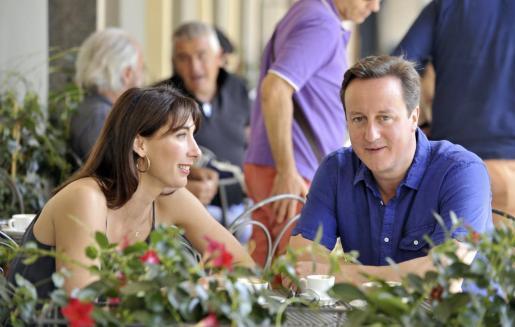 Imagen de archivo del matrimonio Cameron.