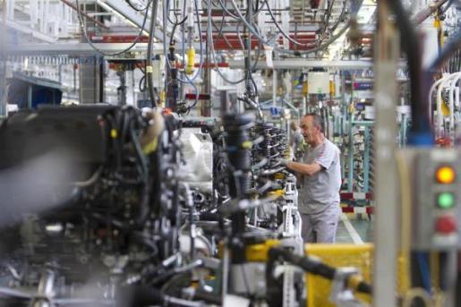 Imagen de archivo del interior de una fábrica.
