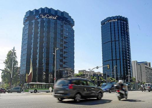 Vista de los edificios principales de CaixaBank en Barcelona.