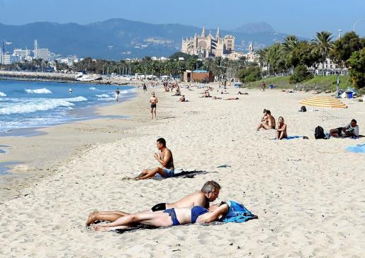 Piden apostar por el consumo local para salvar la economía de Baleares.