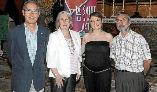 Manolo Fernández, María Oliver, Marga Pocoví y Vicente Trías.