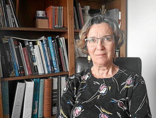 Carmen Santos lleva dos años jubilada y se ha inscrito como voluntaria para ayudar a luchar contra el coronavirus.